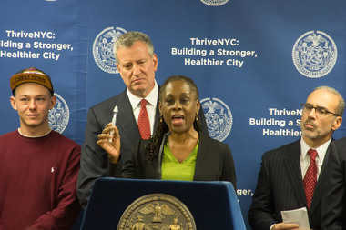 First lady Chirlane McCray and Mayor Bill de Blasio announce the sale of anti-overdose medication naloxone in pharmacies around the city.