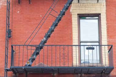 Serial Fire Escape Burglar Caught Red Handed In Prospect Lefferts Nypd Prospect Lefferts
