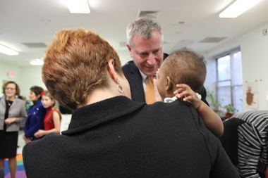 Mayor Bill de Blasio visited a family homeless shelter in Bushwick in December with former Council Speaker and head of homeless housing provider WIN, Christine Quinn.