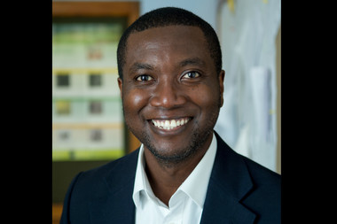 Joseph Danquah, a math teacher at Bard High School Early College Manhattan, recently won the Sloan Award for Excellence in Teaching Science and Mathematics along with six other teachers city-wide.
