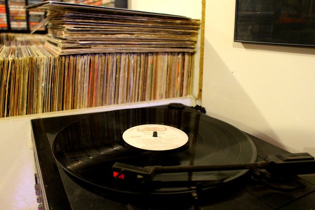 New Store Helping Vinyl Records And Books Make A Comeback