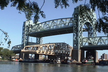 There will be delays on Friday morning on the Robert F. Kennedy Bridge because of maintenance test lifts the MTA will be conducting.