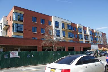 Score An Apartment In Astoria Ditmars New York Dnainfo