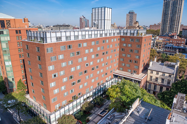 Jehovah 39 s witnesses to sell brooklyn heights building for for 107 terrace place brooklyn