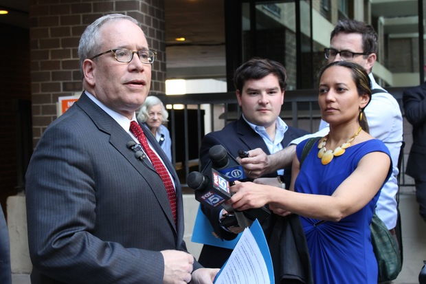 Comptroller Scott Stringer said Thursday that the nonprofit Mayor Bill de Blasio created to advance his political agenda was a