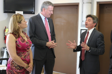 Mayor Bill de Blasio and City Council Speaker Melissa Mark-Viverito toured a new health care center in the South Bronx on Thursday with Damian Family Care Centers President and CEO Peter Grisafi.
