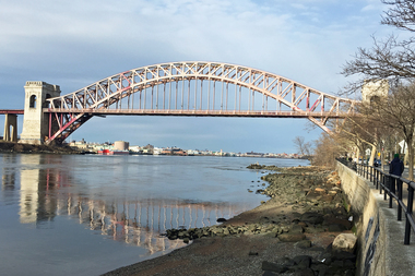 The Hell Gate Bridge viewed from Astoria Park.