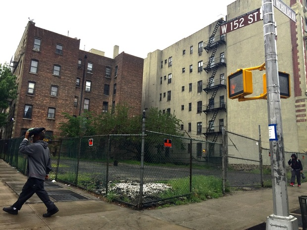 A plot of land at 152nd and St. Nicholas Ave. in Harlem, which had its deed restrictions lifted by a city agency after a developer paid $875,000, according to the New York Times.