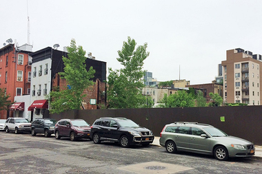 Pratt Institute is planning to build a new 10-story dorm at 135 Emerson Place.