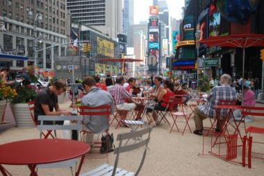 A new MTA report said the Times Square and Herald Square pedestrian malls slowed slowed local bus service.