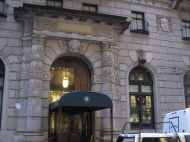 The University Club on Fifth Avenue won the right put up netting to ward off a pigeon droppings problem.