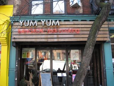 Yum Yum Bangkok Thai in Hell\'s Kitchen Redefines Local Chain on ...