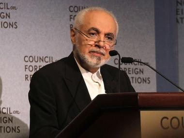 Imam Feisal Abdul Rauf, executive director of the Cordoba Initiative, speaks at the Council on Foreign Relations September 13, 2010 in New York City.