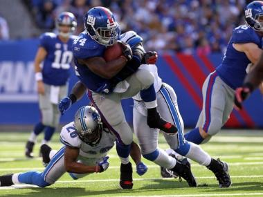 Ahmad Bradshaw runs against the Detroit Lions on Sunday, October 17, 2010.