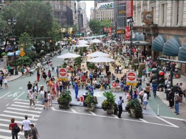 The Department of Transportation recently nixed a plan for a permanent pedestrian plaza at Herald Square but approved the applications for 12 new pop-up cafes around Manhattan.