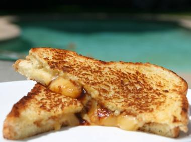 City chefs will compete in a grilled cheese cook-off Saturday at the Openhouse Gallery.