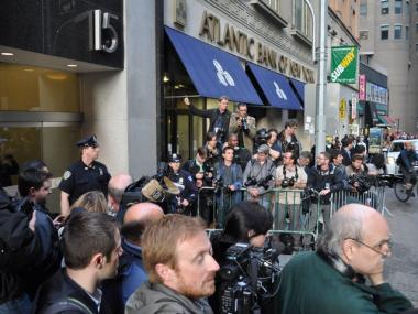 Dominique strauss kahn released headed downtown after ues for 111 maiden lane salon