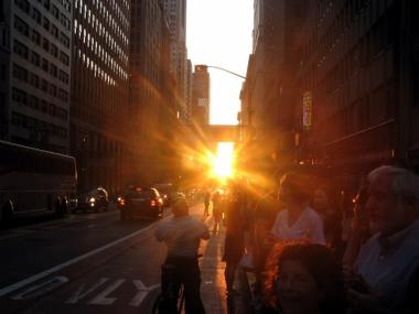 Manhattanhenge perfectly aligns the setting sun with Manhattan's rows of skyscrapers.