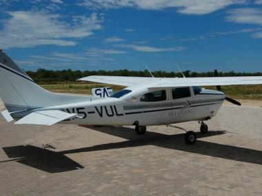 A Cessna 210 (like this one) crashed in Westchester yesterday, reportedly killing four, including a Manhattan family.