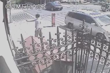 VIDEO: Man Shot in Harlem Street in Broad Daylight - Central Harlem