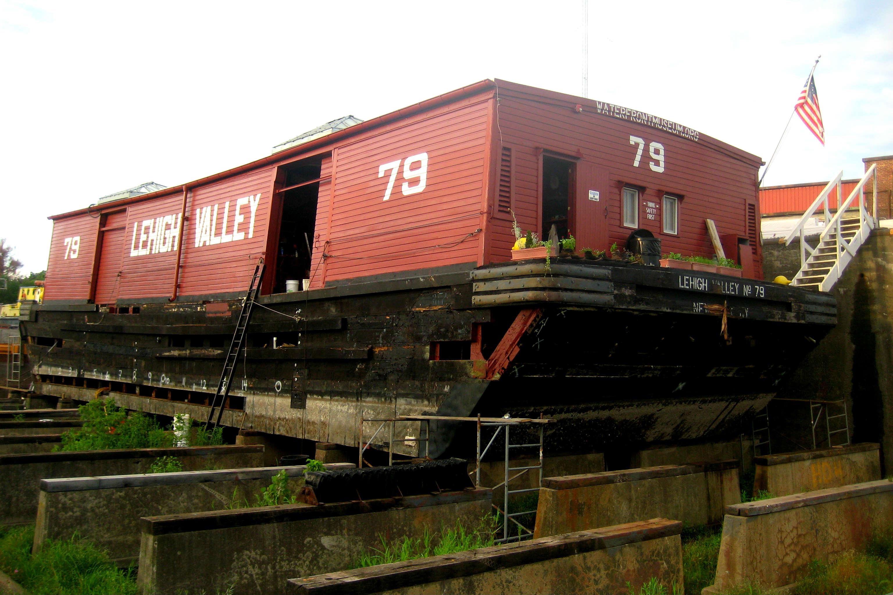 lehigh valley barge