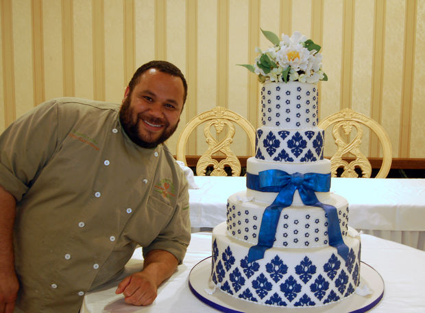 """Huascar Aquino, 39, was a contestant on a Season 9 episode of the Food Network reality show """"Cupcake Wars."""""""