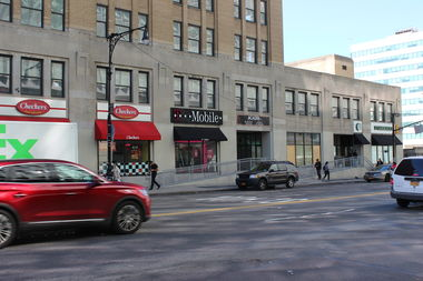 A Chipotle is scheduled to open up at 260 E. 161st St. by the end of the year, according to the company.