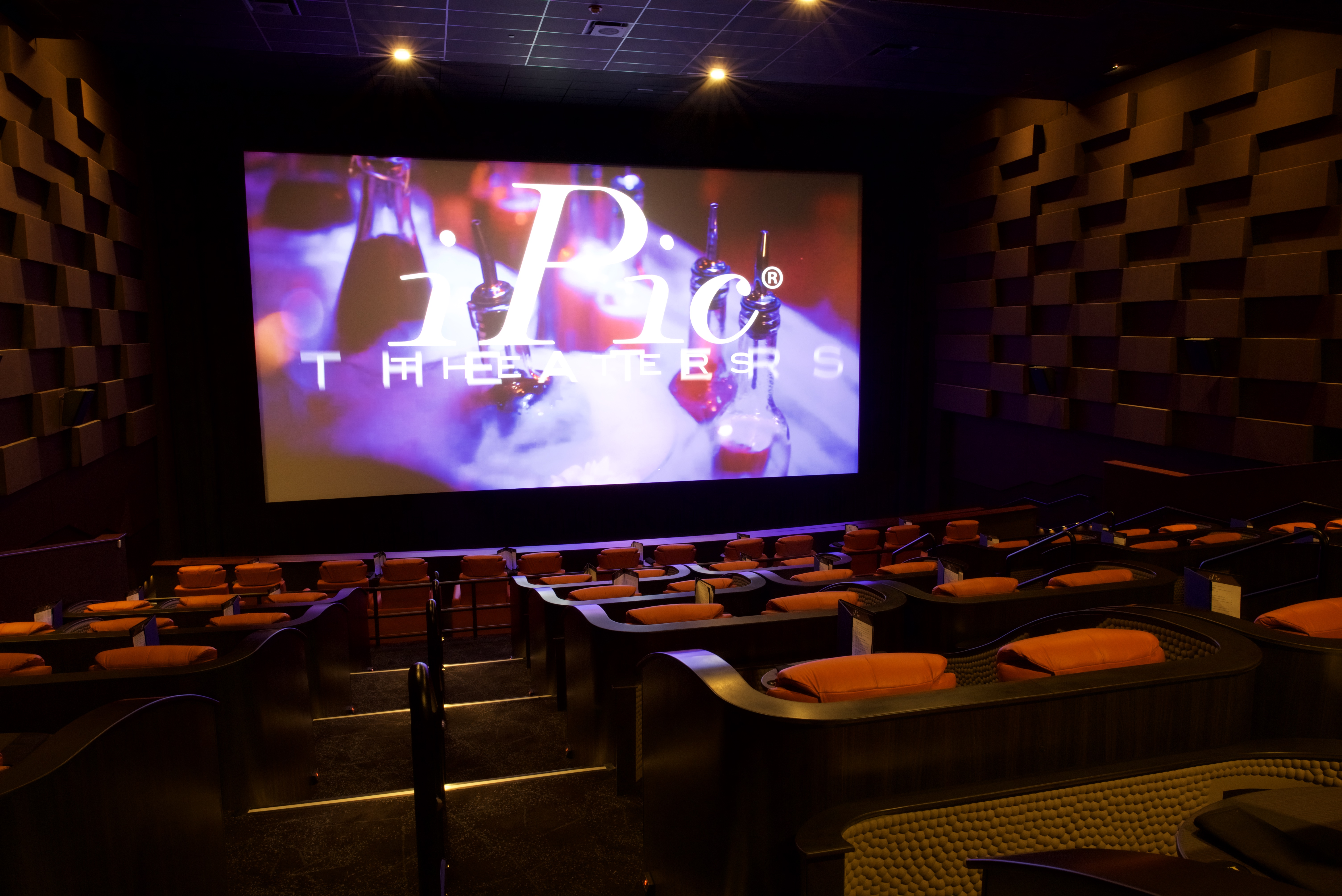 large theatre chairs chair full gorgeous island recliner reclining denver in size of mumbai theater long movie