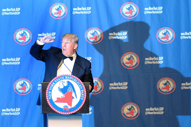 Donald Trump speaks at the New York State Republican Gala at the Grand Hyatt on April 14, 2016.