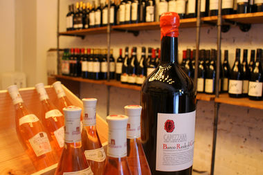 Wine-O, a new wine shop, opened on Marcy Avenue near Willoughby Avenue on Oct. 14.
