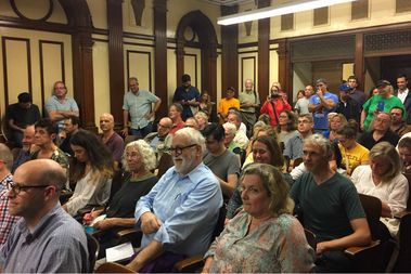 Brooklyn residents packed a public hearing on Citi Bike held by Community Board 6's transportation committee on Thursday night.