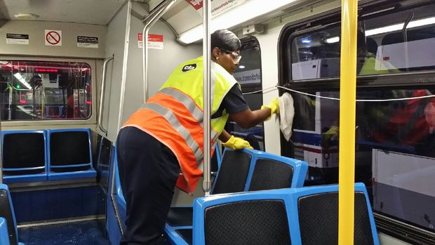 Cleaning CTA rail cars in a 24/7 operation