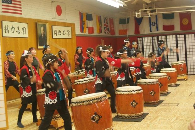 Drummers at the Japanese American Center headquarters, 4427 N. Clark St.