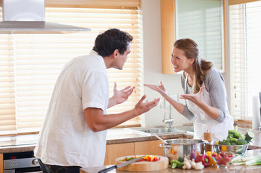 Avoid arguments this Thanksgiving by pivoting during conversations and giving compliments to the chef, an expert said.