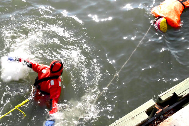 Fdny Expands Water And Ice Rescue Training For