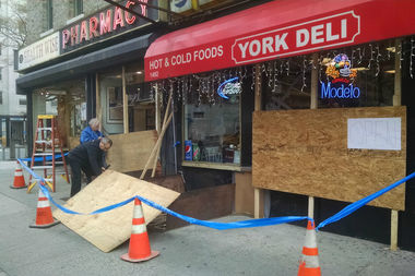 A cab crashed into a building at East79th Streetand York Avenuejust before 9 a.m. Friday, police said.