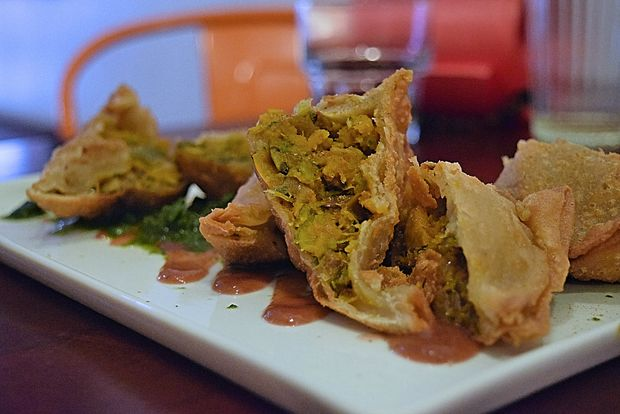 Bright bold mango pickle indian bistro now open in for Alcove indian cuisine