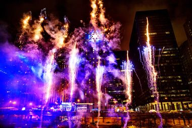 A big star on the Chicago River rang in 2016 during the inaugural Chi-Town Rising.