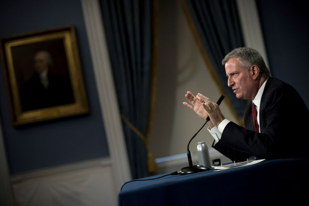 The separate grand juries are the latest moves in federal and state investigations into Bill de Blasio's campaign.