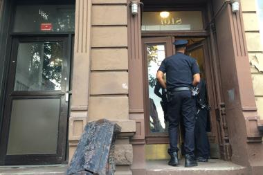 Apartment Inside Night woman found dead with bruises in her bed-stuy apartment, police