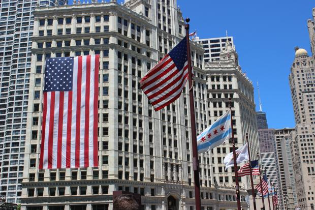 5 Interesting Facts About The GIANT Flag On The Wrigley Building