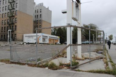 A hotel is set to replace this former gas station lot at the corner of Bedford Avenue and Eastern Parkway in Crown Heights, building plans show.