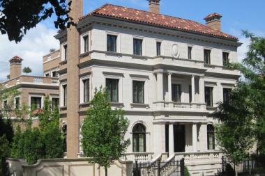 Lincoln park sees more custom mega mansions including one for Super mega mansions