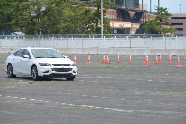 The new technology will be added to 10,000 city cars over the next four years, officials said.