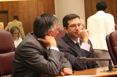 Aldermen Ricardo Munoz and Scott Waguespack discuss Wednesday's failed bid to scuttle a referendum on whether the city would like more state and federal funding.