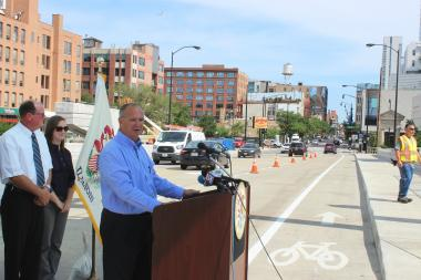 Illinois Transportation Secretary Randy Blankenhorn talks about the Jane Byrne Interchange project at the opening of the Halsted Street bridge over the Eisenhower Expy.