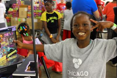 For more than 400 foster children at U.S. Cellular Field Wednesday, it was like Christmas in July. Over 100 volunteers with passed out more than $50,000 in new toys to children at no cost to Foster families.