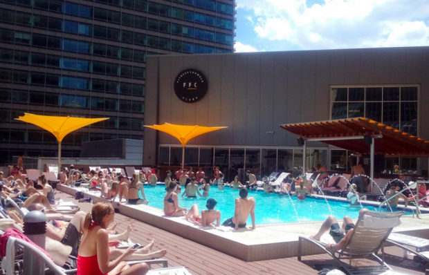 10 Awesome And Exclusive Chicago Pools That Make Heat