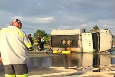 Flipped Tanker Spills Fuel Onto Staten Island Expressway and Sparks Delays