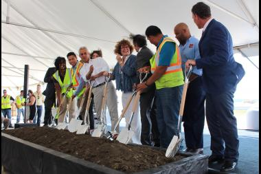 Mayor Rahm Emanuel plots to cast dirt in the direction of reporters at the O'Hare Airport runway groundbreaking.